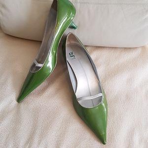 G series heels